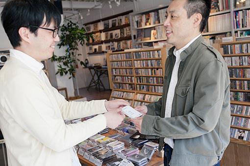 左から:角田太郎(waltz)、野本晶(スポティファイジャパン)