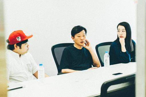 左から:田中佑司、蔡忠浩、森本夏子