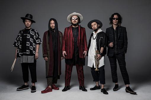 左から:みどりん、秋田ゴールドマン、社長、タブゾンビ、丈青