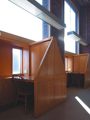 『エクセター図書館』(ルイス・カーン設計)©東京工業大学 塚本由晴研究室