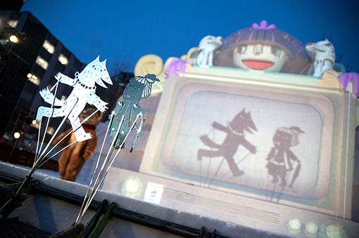 『トット商店街』の公演の様子 撮影:秋田英貴
