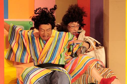 『表に出ろいっ!』(2010年)で共演する中村勘三郎と野田秀樹 撮影:篠山紀信