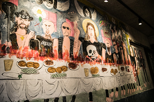 マイケル・アモットの壁画