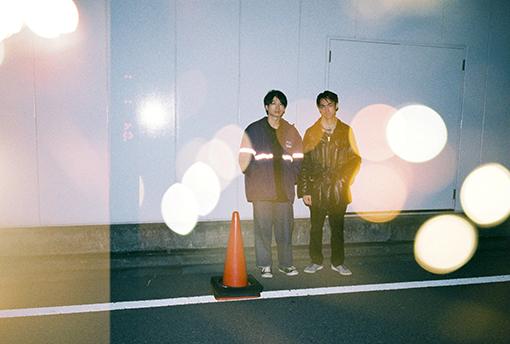 左から:大竹雅生(Gt,Syn)、須田洋次郎(Dr)