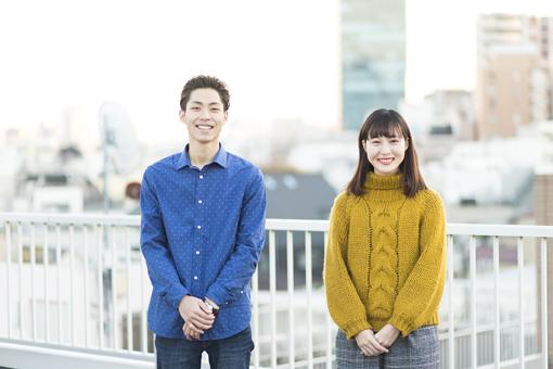 左から仲村颯悟、松本花奈