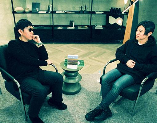 左から:☆Taku Takahashi、DÉ DÉ MOUSE