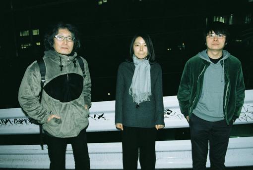 左から:北沢夏音、こばやしのぞみ、伊藤暁里