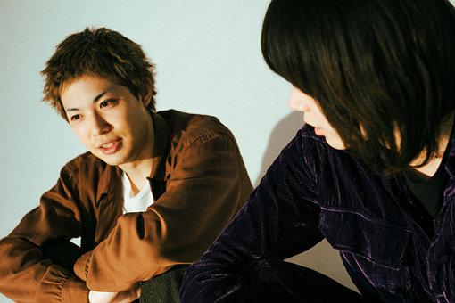左:渡辺大知