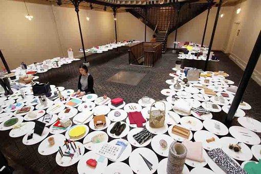 パリで行われた展示『365日 Charming Everyday Things』。365の日用品をキュレーションし、そのデザイン、美しさを伝えた ©︎梶山アマゾン