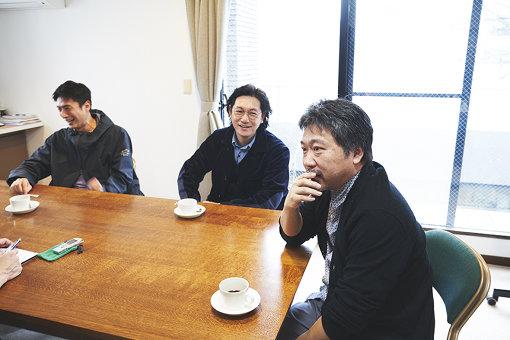 左から:伊勢谷友介、井浦新、是枝裕和