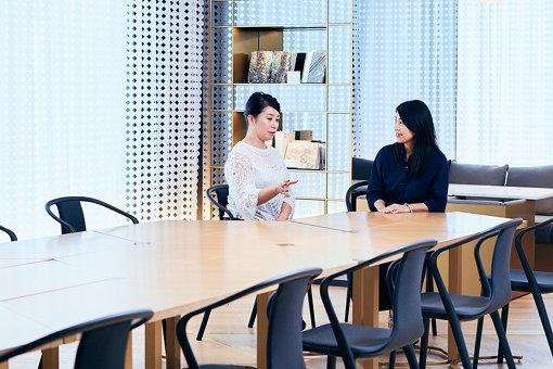 左から:ミヤケマイ、石井美加