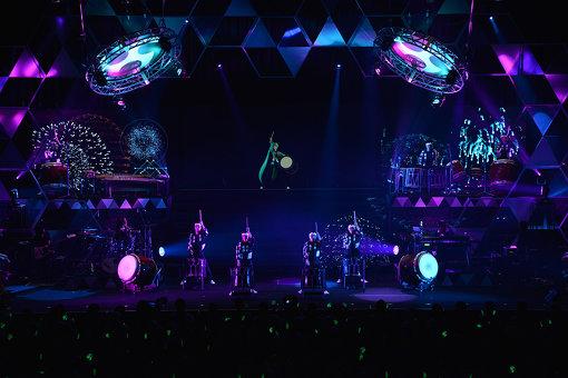 2018年6月には、2回目となる初音ミクとのコラボ公演も実施