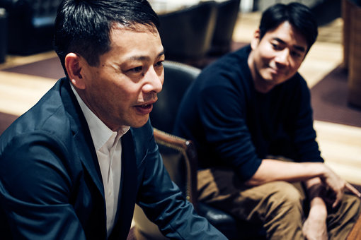 左:松浦弥太郎