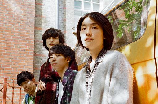左から:柴田淳史、松原有志、上野皓平、岩田栄秀(撮影:井上奨之)