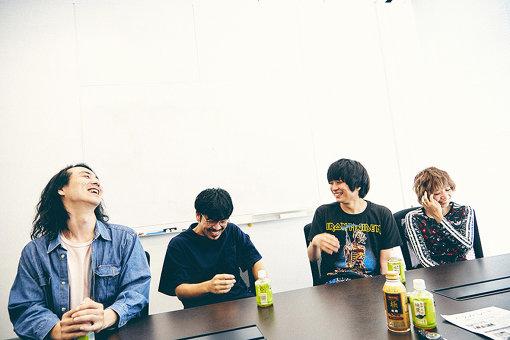 左から:モッコリ、Kota Kamimura、歌王子あび、ゆりえちゃん