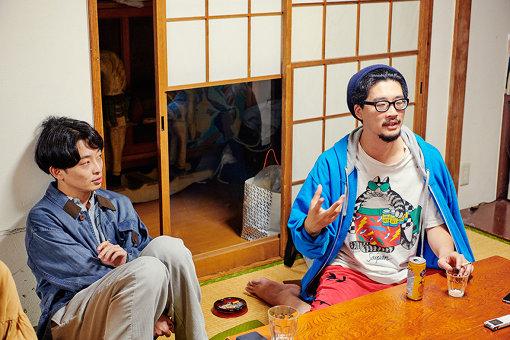 左から:山西竜矢、益山貴司