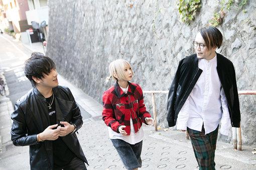 左から:TeddyLoid、Reol、Giga