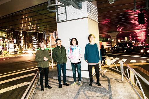 左から:渡辺拓郎、藤森真一、hozzy、田中ユウイチ
