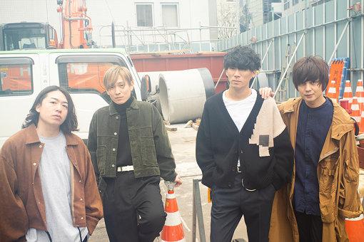 Bentham(左から:鈴木敬、辻怜次、須田原生、小関竜矢)