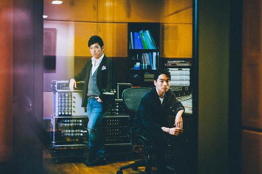 左から:黒沢 薫(ゴスペラーズ)、SIRUP