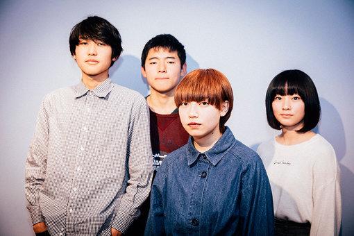 左から:間下隆太、ヨネクボ隼介、もちこ、理子