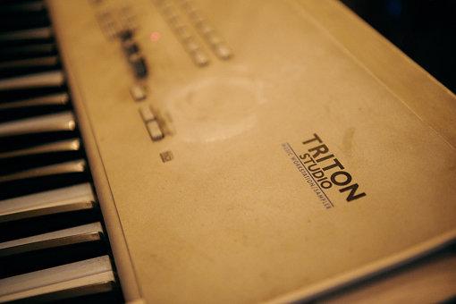 KORG「TRITON」。現在も愛用している