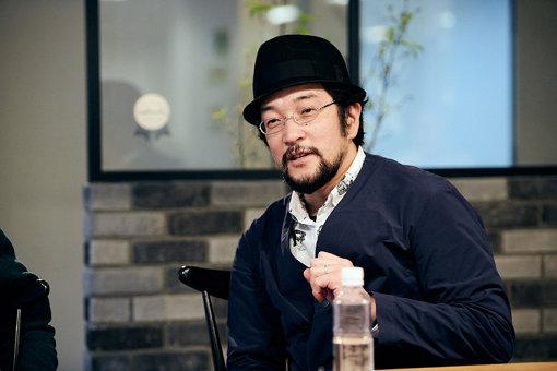 ウォーリー木下(うぉーりー きのした)<br>演出家・劇作家。神戸大学在学中に演劇活動を始め、現在は「sunday」の代表として全ての作品の作・演出を担当。外部公演も数多く手がけ、役者の身体性に音楽と映像とを融合させた演出を特徴としている。