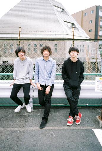 左から:オザキリョウ、本多真央、以登田豪