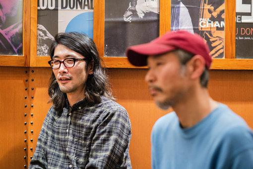 左から:徳澤青弦、トウヤマタケオ