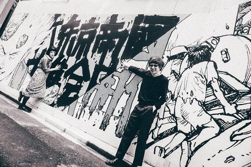 建て替え工事中の渋谷パルコ前にて