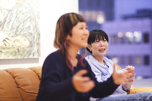 左から:原田郁子、Salyu