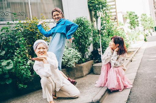 左から:BOW(東京ゲゲゲイ)、MARIE(東京ゲゲゲイ)、根本宗子
