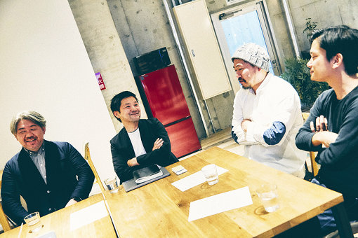 左から:菅野薫、徳井直生、鎌田貴史、カワシマタカシ