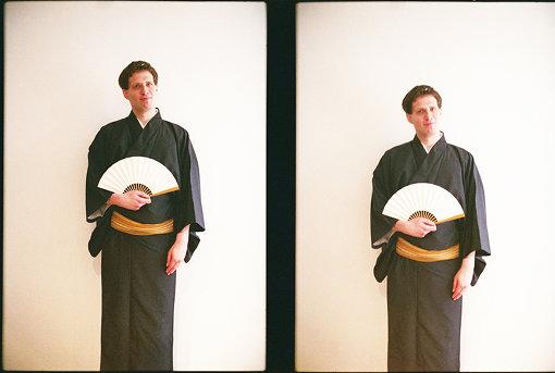 三遊亭じゅうべえ(さんゆうてい じゅうべえ)<br>本名は、ヨハン・エリック・ニルソン・ビョルク。2016年8月15日、三遊亭好楽の十番弟子として入門。入門前はボルボ亭イケ也として活動。スウェーデンのストックホルム大学で日本語を学ぶ。その後、中央大学に交換留学した際に、落語と出会う。母国スウェーデンに似たようなものがないため、落語家になると決心。将来的には、落語を世界に広めていきたいと思っている。趣味はアニメ、映画、読書、ゲーム。
