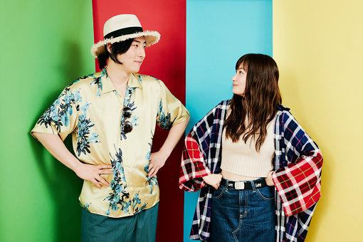 左から:ビッケブランカ、佐藤千亜妃