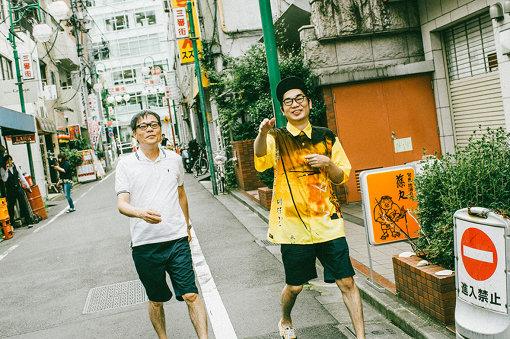 左から:いとうせいこう、三浦康嗣