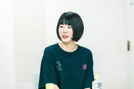 山田泰葉(やまだ やすは)<br>兵庫県出身。かわら長介塾15期生。卒業後、5upよしもとで先輩作家のイベントの手伝いをしながら、TVラジオ、イベントなど幅広く構成担当。