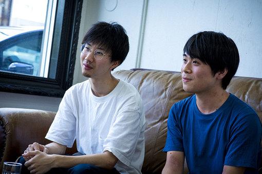 左から:西山、柴田