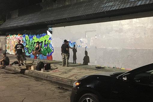 イベントの時間が終わると、ローラーで消され、あっという間に上書きされるストリート