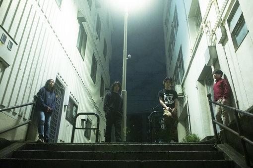 左から:佐孝仁司、尾崎雄貴、DAIKI、尾崎和樹