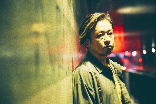 Mummy-D<br>1970年横浜市生まれ。ラッパー、プロデューサー、役者。ヒップホップグループRHYMESTERのラッパー、サウンドプロデューサーであり、またグループのトータルディレクションを担う。RHYMESTERでの意欲的な活動の一方でドラマ、CM、舞台など役者、ナレーター業に活躍の場をひろげている。