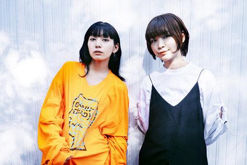 左から:ナナヲアカリ、蒼山幸子
