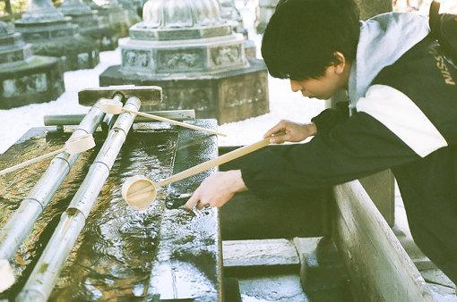 粟國智彦(ナツノムジナ)