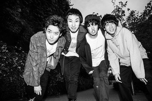 左から:関大地、橋本学、小松謙太、須藤俊