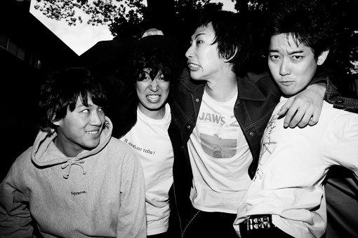 左から:須藤俊、小松謙太、橋本学、関大地