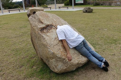 黒川岳『listening to stone』