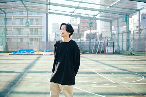 青木彬<br>インディペンデントキュレーター。1989年東京生まれ。首都大学東京インダストリアルアートコース卒業。アートプロジェクトやオルタナティブスペースを作る実践を通し、日常生活でアートの思考や作品がいかに創造的な場を生み出せるかを模索している。