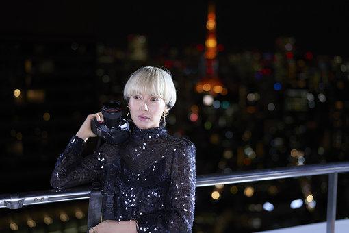 『FOLLOWERS』より。東京タワーを中心に、都市とそこに生きる人々が描かれる