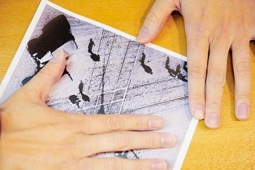 写真を回転させて、ある箇所だけを切り取ってみると……