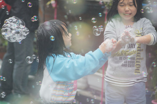 『Memorial Rebirth 千住いろは通り』(2012年) Photo:Kosuke Mori